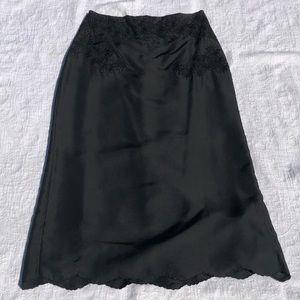 EUC**KAREN MILLEN**Gorgeous Embroidery Skirt**US 2
